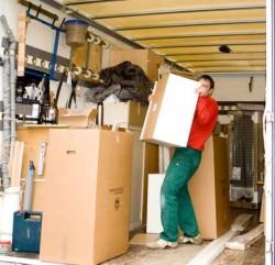 Sub-Unternehmer für Möbelmontage und -lieferung