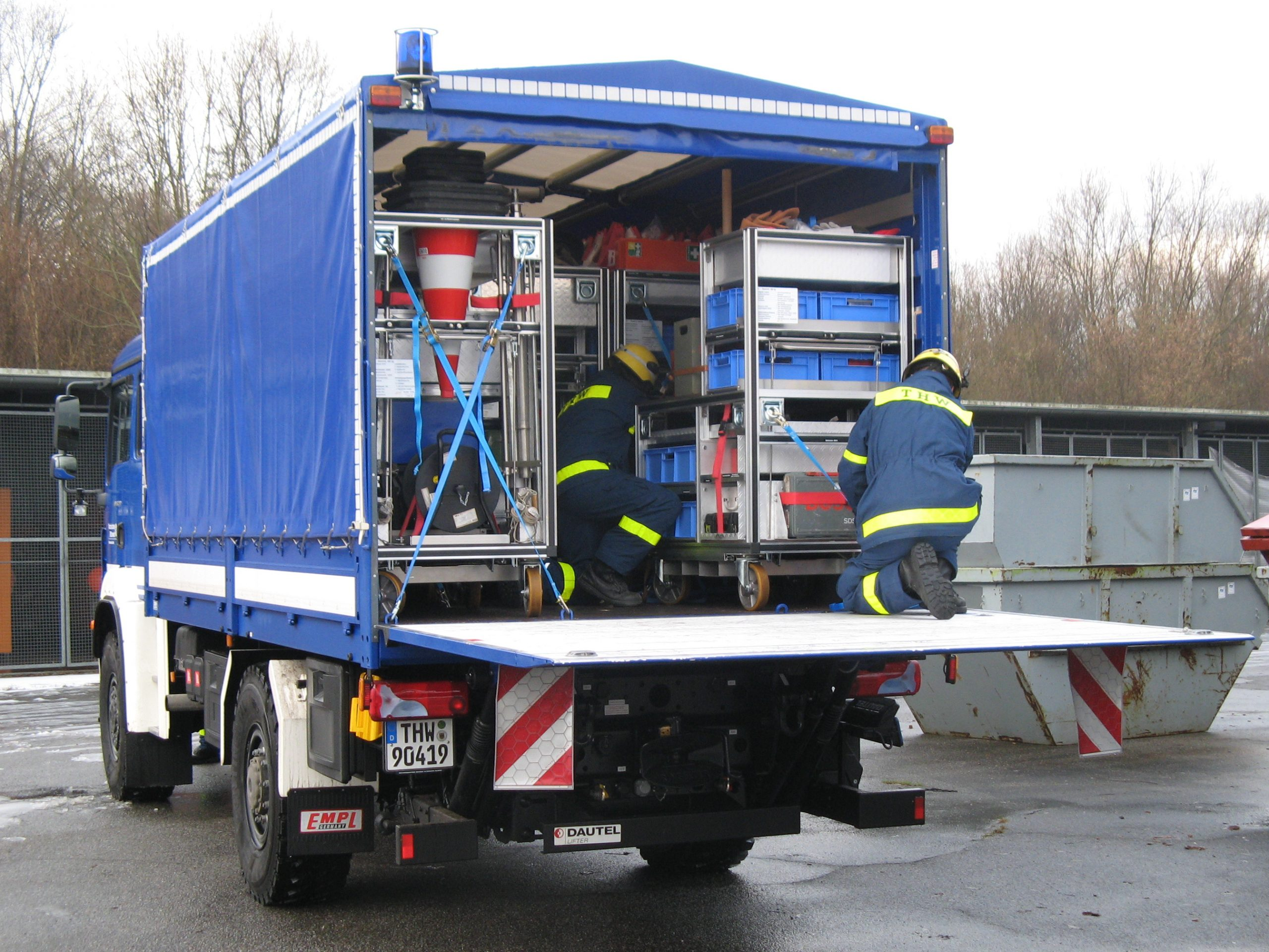 Mit Ladebordwand Ersatzteilen Standzeiten und Ausfälle vermeiden